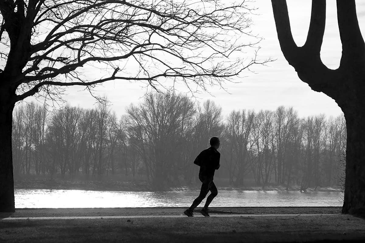 Corre (y en general haz ejercicio cardiovascular) de joven y cuando mayor tendrás mejores capacidades cerebrales