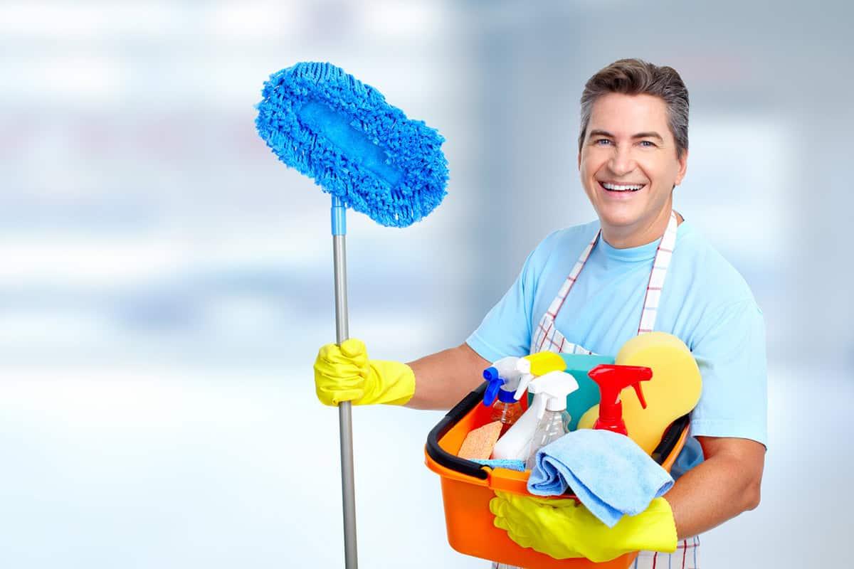 Amigo, evita las labores domésticas y aumenta las probabilidades de mejorar tu vida sexual en pareja